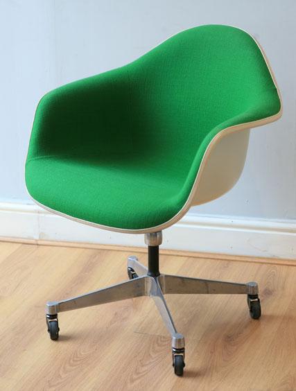Charles Eames - Desk Chair - three magdalen streetthree ...