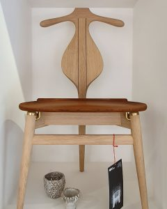 Three Source Ltd - Hans Wegner Valet Chair