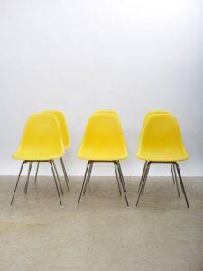 6 Charles Eames Chairs – Herman Miller