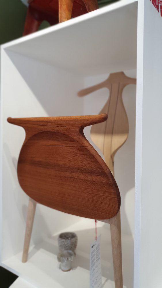 Three Source Ltd – Hans Wegner Valet Chair