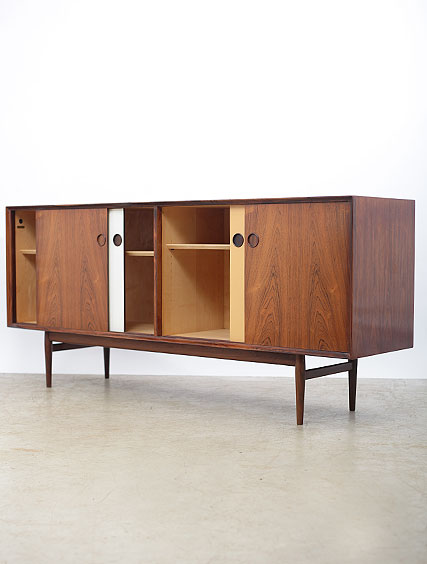 Arne Vodder – Sideboard By Sibast